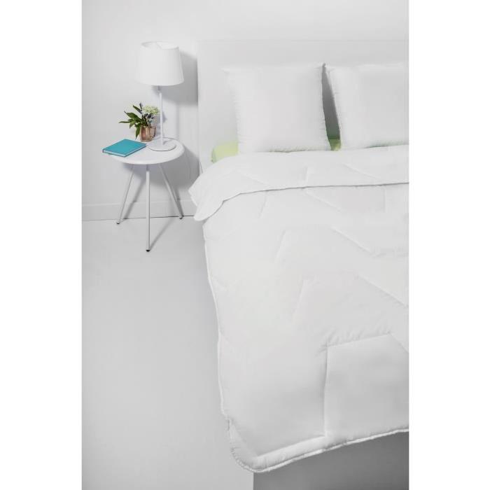 ABEIL Couette Chaude Anti-Acariens PUR BONHEUR 140x200 cm blanc