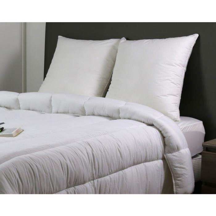 DODO Pack Vancouver Couette chaude 240x260 cm + 2  oreillers 60x60cm blanc